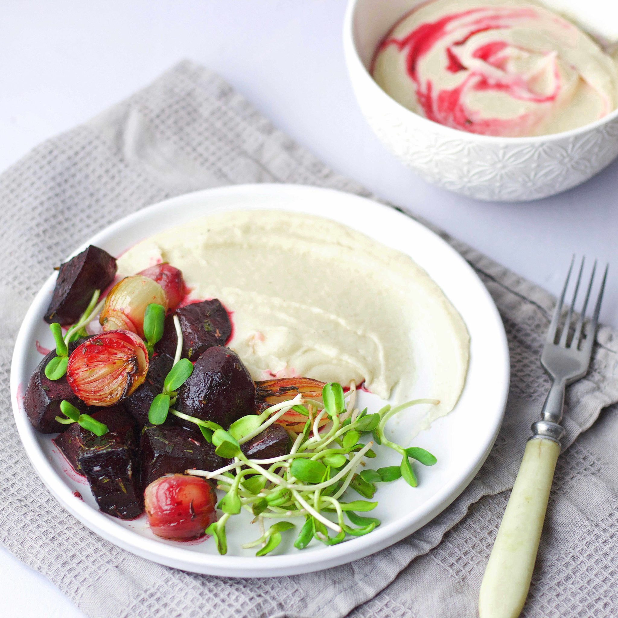 Celery root puree with roasted beetroots (VeGaN)