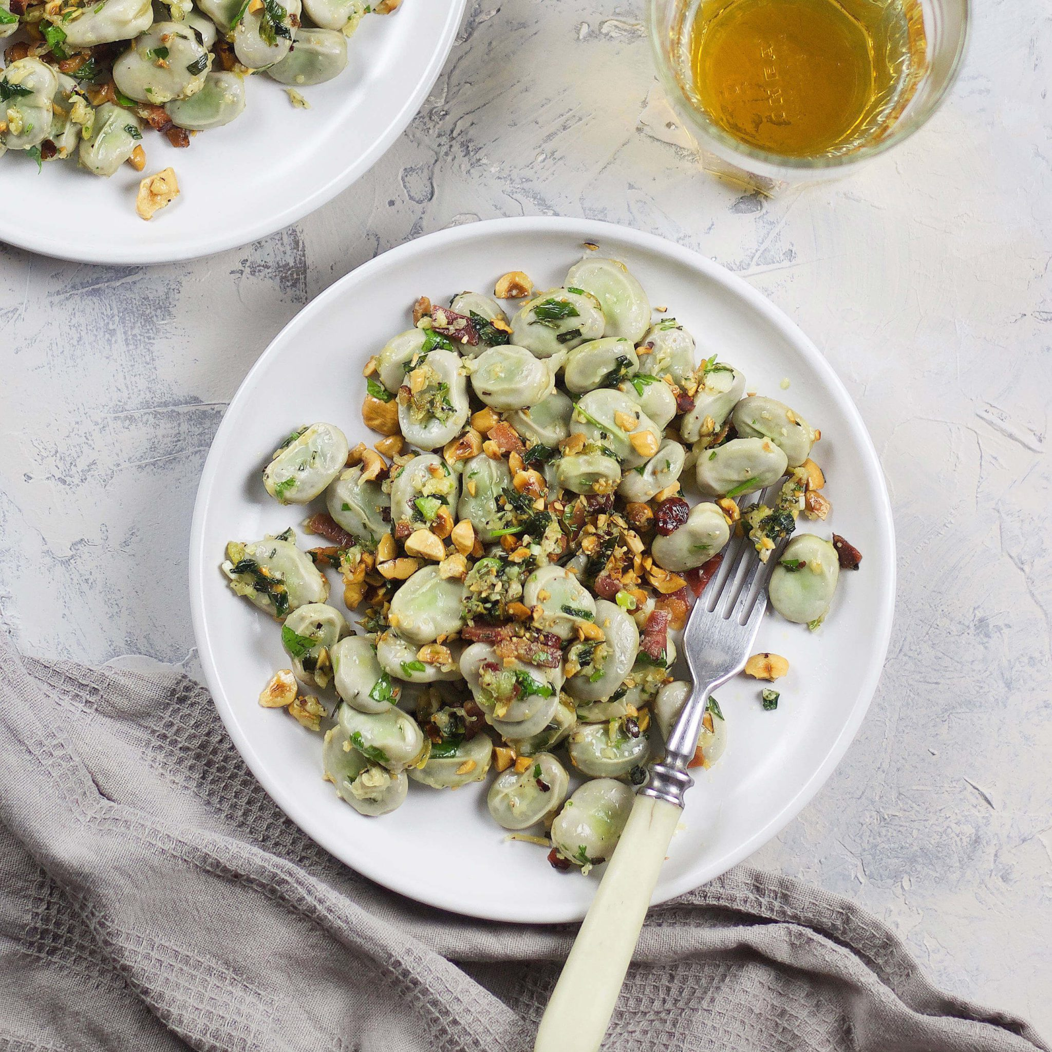 <strong>Summer:</strong> Easy broad beans with spring onion pesto for quick, protein packed summer lunch box which you can make in no time
